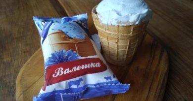 мороженое с васильками