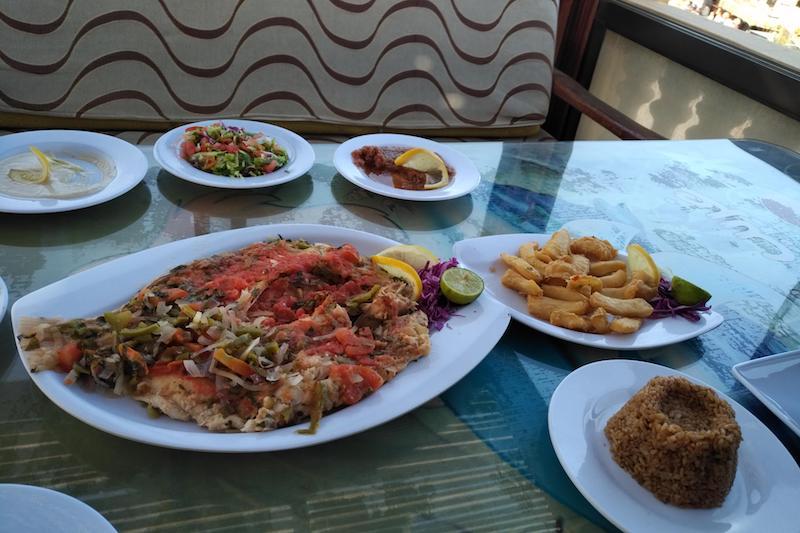 рыбный ресторан дахаб