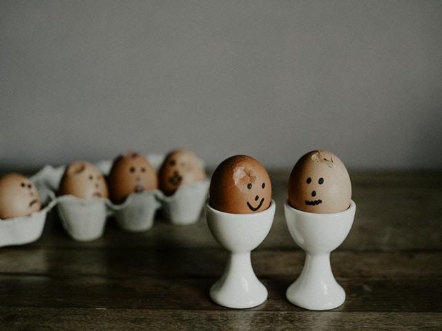 как сварить яйцо в микроволновке вкрутую