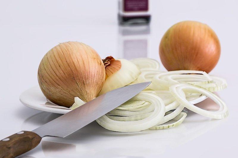 простой салат из лука